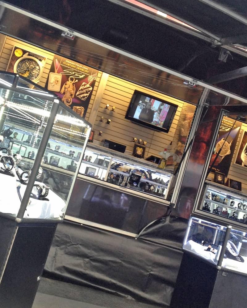 AZBikeWeek-Soffa-Display
