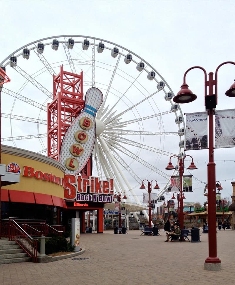 Skywheel, Niagara Falls, Canada 2013.