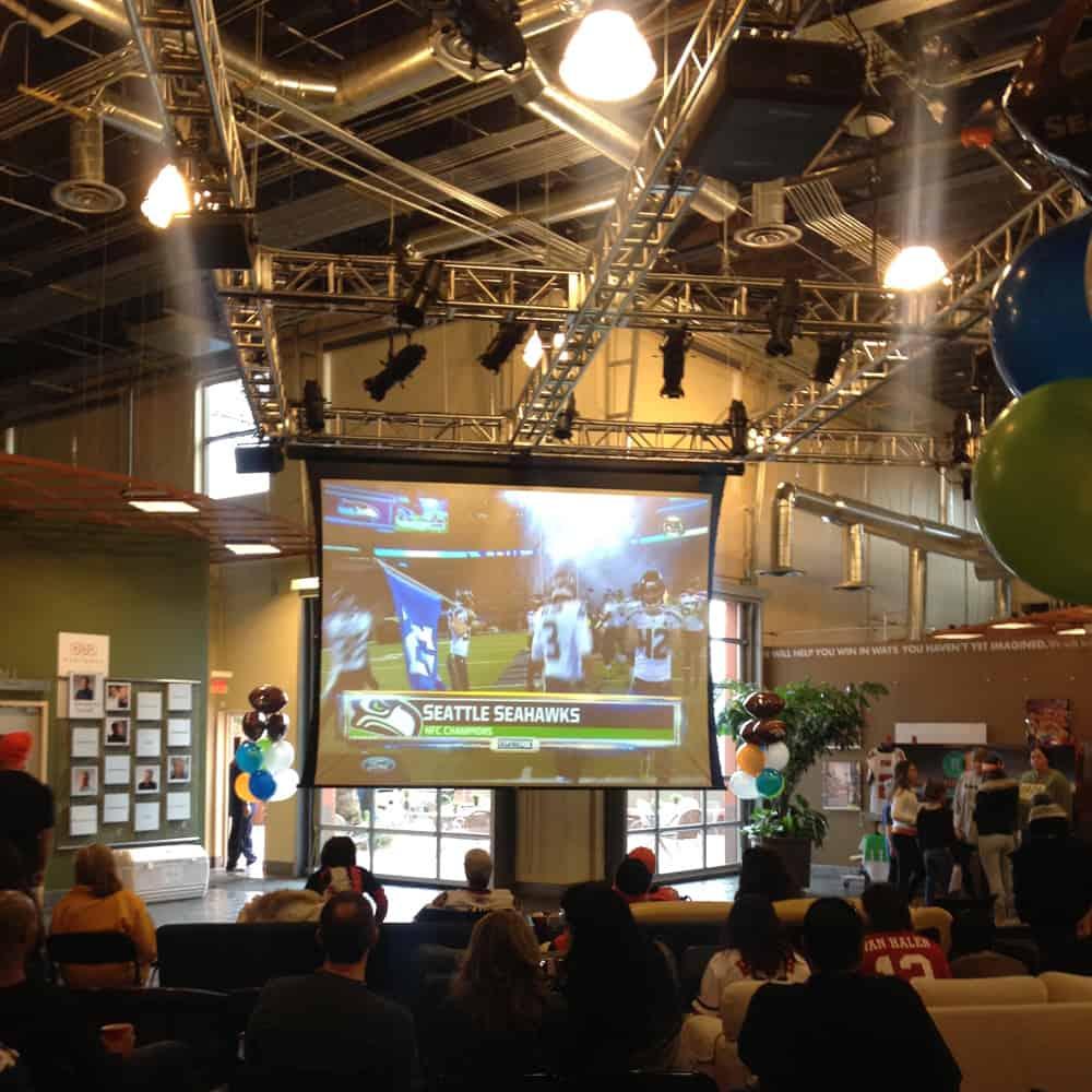 Superbowl on the big screen - Seahawks