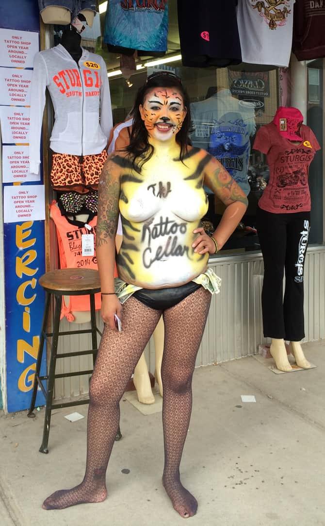 Sturgis2014-BodyPainted-Tigress