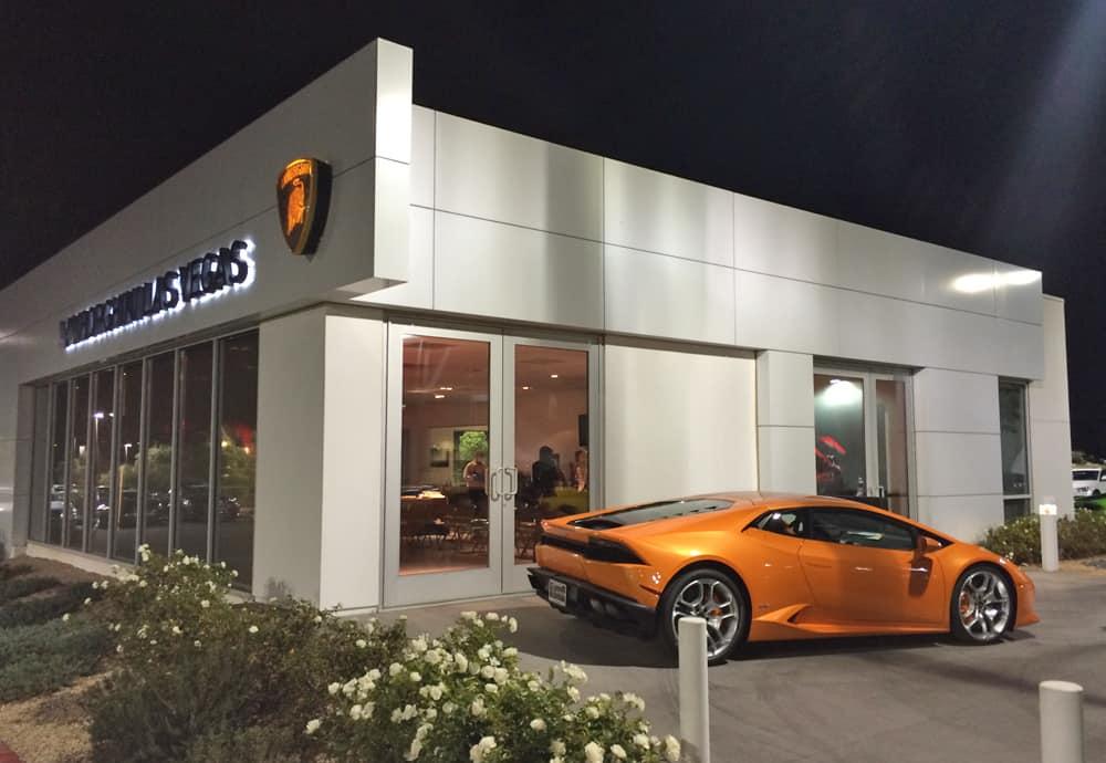 Lamborghini Huracan At Lamborghini Las Vegas